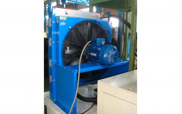 AH2890 油壓冷卻器