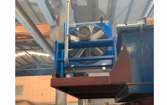 Large oil pressure cooler